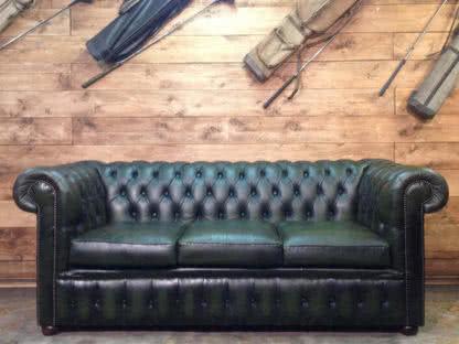divano chester verde a noleggio