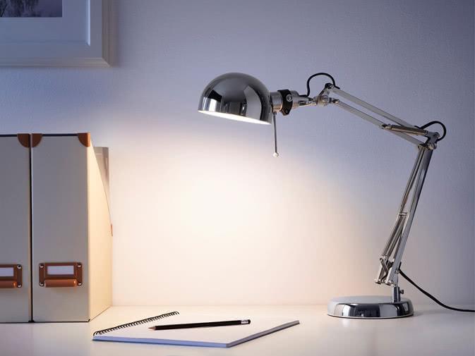 Noleggio lampada da ufficio per eventi aziendali punto noleggio