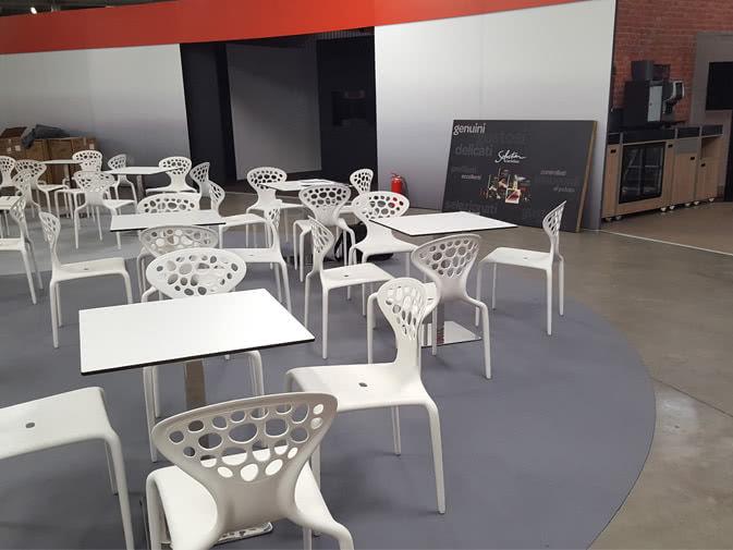 Noleggio tavolo bar quadrato per eventi punto noleggio - Tavoli e sedie bar ...