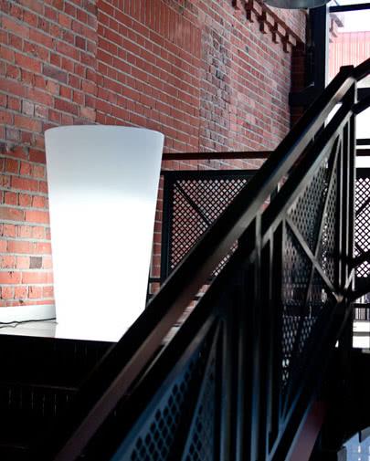 noleggio vaso luminoso x-pot di slide
