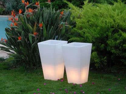 noleggio vaso y-pot light bianco slide