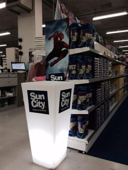 Vaso Y Pot Light a Noleggio