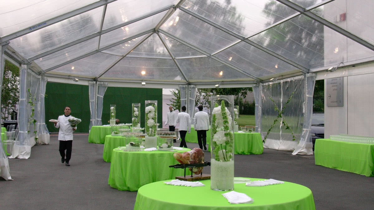 slider-feste-private-noleggio-tensostruttura-cristal-tavoli-catering